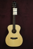 Breedlove Retro OM / MME Acoustic Guitar